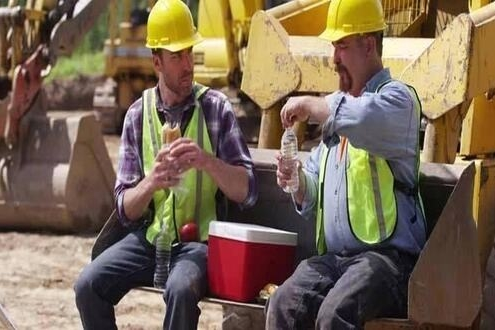 Best Lunch Cooler for Construction Workers